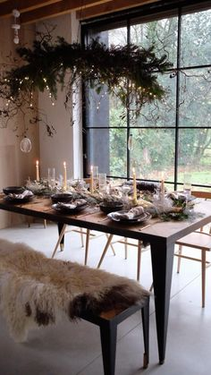 Last year I created this amazing Scandi inspired, modern rustic tablescape. Use as inspiration for your own hygge decor this festive season.