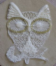 Large golden eyes White owl lace sewing patch DIY 30X20CM