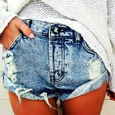 need to make some denim shorts like this before summer.