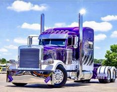 Truck looks like a painting! Show Trucks, Big Rig Trucks, Chevy Trucks, Pickup Trucks, Custom Big Rigs, Custom Trucks, Freightliner Trucks, Peterbilt 389, Custom Peterbilt