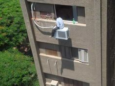 Well done for utilising the A/C seating area... #SafetyFails #Funny