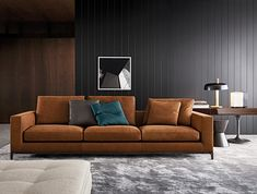 It enjoys keeping its balance on the borderline between design and classical quality. A line which unites, rather than separating. Andersen bolsters..