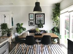 A California's Home's Black, White & (Leafy) Green Remodel — House Call