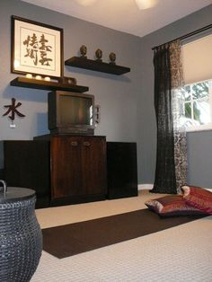 Yoga space by Lynda Quintero-Davids featured on @Cindy Erickson.com - Sink Into a Home Yoga Practice Space #Houzz
