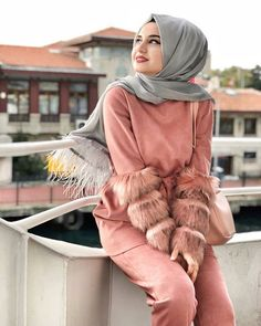 Image may contain: 1 person Modern Hijab Fashion, Abaya Fashion, Muslim Fashion, Modest Fashion, Teen Fashion, Womens Fashion, Hijabi Girl, Girl Hijab, Hijab Outfit