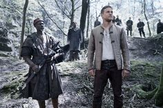 Check out more than 40 new stills from director Guy Ritchie's upcoming King Arthur movie. Charlie Hunnam headlines King Arthur: Legend of the Sword. Guy Ritchie King Arthur, King Arthur Movie, King Arthur Legend, Charlie Hunnam King Arthur, Charlie Hunnam Soa, Excalibur, Djimon Hounsou, Roi Arthur, Aidan Gillen