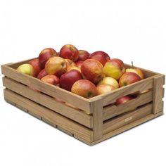 Pentru mere sau alte fructe voluminoase se folosesc lazi lemn cu mai multe elemente pe inaltime. http://www.laditedinlemn.ro/category/ladite-fructe-legume/ #lazi #lemn #ladite