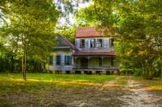 Abandoned or Not? by daveleau, via Flickr