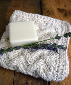 Free+Knitting+Pattern+-+Dishcloths+&+Washcloths+:+Knit+cotton+washcloth+with+crochet+edge
