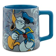 Shop Disney dinnerware featuring Mickey and Minnie Mouse and more. Disney characters on plates, bowls, and kitchen accessories brings fun to the dinner table. Baymax, Disney Best Friends, Disney Coffee Mugs, Disney Cups, Disney Kitchen, Cute Cartoon Drawings, Disney Figurines, Teapots And Cups, Cool Mugs