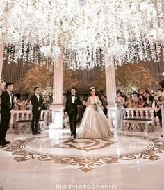 Indonesian celebs' fairytale wedding is more epic than Angelababy's - The Newsroom - Lollipop
