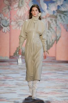 Zimmermann Fall 2018 Ready-to-Wear Collection - Vogue