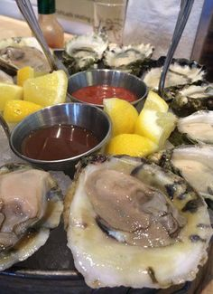 National Oyster Day 2017 Learn How To Shuck Oysters Plus Where Find Them In Michigan