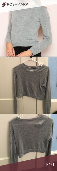 Brandy Melville grey sweater Cropped sweater. In perfect condition, only wore it once. Brandy Melville size small Brandy Melville Sweaters Crew & Scoop Necks