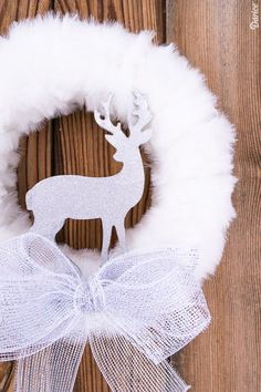 DIY Winter Wreath with Fur and Glitter Reindeer Darice is part of Winter decor Rustic - This glamorous DIY winter wreath comes together easily and can be customized with different faux fur types or glitter to match your existing holiday decor Indoor Christmas Decorations, Christmas Wreaths To Make, Holiday Wreaths, Christmas Diy, Winter Decorations, Winter Wreaths, Christmas Garlands, Spring Wreaths, Diy Decoration