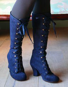 Loooove this boots. o_O