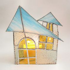 Lovely stained glass candle holder! This makes me want to run out and take a class!!