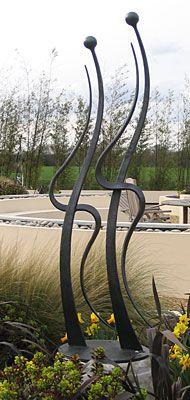 figurative garden sculpture featuring lovers
