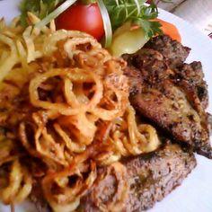 Egy finom Mustáros tarja sült hagymával ebédre vagy vacsorára? Mustáros tarja sült hagymával Receptek a Mindmegette.hu Recept gyűjteményében! Breakfast Lunch Dinner, Breakfast Recipes, Grill Party, Pork Dishes, Pulled Pork, Meat Recipes, Bacon, Grilling, Spaghetti