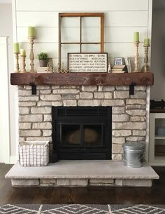 Mantel With Metal Brackets - Fireplace Mantel or - Mantle - Rustic Mantle - Floating - Barn Wood - Barn Beam - Custom Lengths - Șemineu modern - Home Fireplace, Rustic Fireplaces, Farm House Living Room, Fireplace Design, Barn Beams, Rustic Farmhouse Fireplace, Fireplace Remodel, Farmhouse Fireplace Decor, Fireplace Makeover