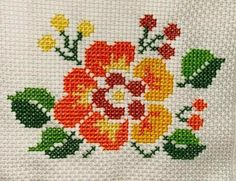 Embroidery Works, Embroidery Patterns, Hand Embroidery, Cross Stitch Patterns, Cross Stitch Rose, Cross Stitch Flowers, Crochet Bedspread, Cross Stitching, Floral