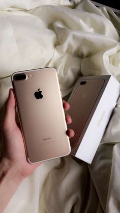 - The Best iPhone, Samsung, ios and android Wallpapers & Backgrounds Apple Iphone, Best Iphone, Free Iphone, Iphone 4, Iphone Cases, Apple Laptop, Smartphone, Iphone 7plus Rose Gold, Gold Iphone 7 Plus