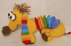 Perro Arcoiris Acordeon – Patrón de perro a crochet
