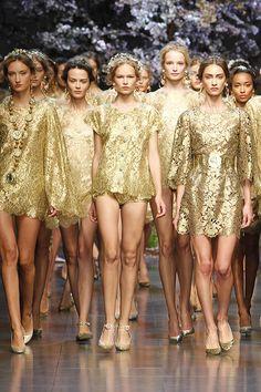 Dolce & Gabbana Femmes Fashion Show Galerie - Printemps Été 2014 Collection