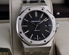 JUST IN: Audemars Piguet Royal Oak with a Back Dial! REFRENCE: 15400ST.OO.1220ST.01