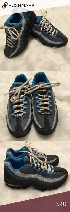 Nike Air Max 95 Boys 4 Women's 6 Will fit a boys 4 or a woman's 6,EUC Nike Shoes Sneakers