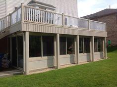 17 Trendy Ideas enclosed patio design under decks Low Deck, Patio Under Decks, Small Outdoor Patios, Decks And Porches, Outdoor Living, Screened Porch Designs, Screened In Patio, Backyard Patio, Backyard Gazebo
