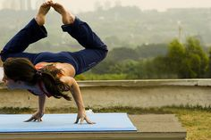 yoga...this would be amazing to be able to do....but I can just imagine the cramps ripping through my body lol