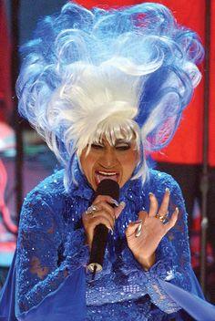 Celia Cruz performing at the 2002 Latin Grammy Awards!