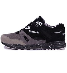 Reebok x Mighty Healthy Ventilator WMNS Black / Carbon - Reebok Womens The Reebok x Mighty Healthy Ventilator running shoe in black and grey has suede and mesh uppers with a Hexalite midsole.