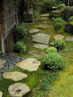 Japanese garden in SUMIYA Shimabara,Kyoto,Japan. 2014 #JapaneseGardenDesignStones #zenGarden