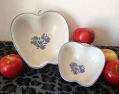 2 Yorktowne Apple Bowls by Pfaltzgraff, Yorktowne Heart Pattern, 2 Sizes, Matching Set, Country Kitchen, 1980s, Blue and Gray, Small Dish