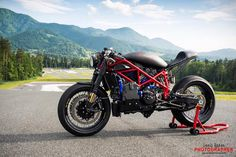 "Ducati 1098 Cafe Racer ""El Demonio Rojo"" by MG Customs - Photos by Denis Rozan #motorcycles #caferacer #motos   caferacerpasion.com"