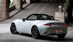 39_Mazda_Roadster