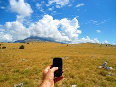 Himzo Isić Sa modernom komunikacijom nikad niste sami. Kontaktirajte sa vašim najbližim bez obzira gdje se nalazite!