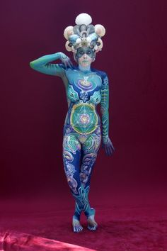 Mind blowing body painting by Johannes Stoetter Holy-geometry-1
