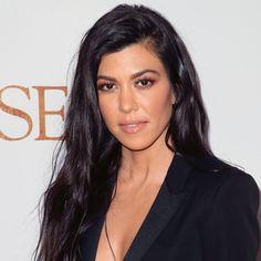 Kourtney Kardashian, Kardashian Family, Kardashian Jenner, Tiffani Thiessen, Hot Haircuts, Facial Sunscreen, Best Sunscreens, Best Wedding Hairstyles, Hair 2018