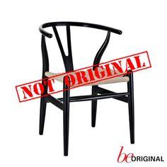 ¿Sabías que los productos falsos como esta silla Wishbone de #CarlHansen & Søn genera la pérdida de 2.5 millones de puestos de trabajo? Sé original.