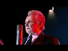 "Ralph Stanley singing ""O Death""  world class bluegrass singer! I don't know much about bluegrass BUT  Ralph Stanley is a very special singer!"