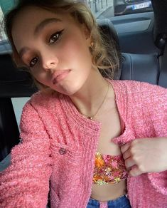 Lily Rose Melody Depp, Johnny Depp's Daughter, Lily Depp, Chanel Fashion Show, I Love Girls, Daddys Girl, Girl Crushes, Cute Outfits, Celebs