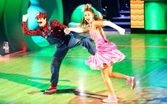 Last night, Sadie Robertson of Duck Dynasty fame danced with partner Mark Ballas to a Super Mario Bros. medley: http://popwatch.ew.com/2014/11/25/dancing-with-the-stars-super-mario/