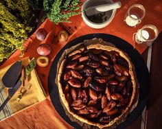 Galette with plums and port wine