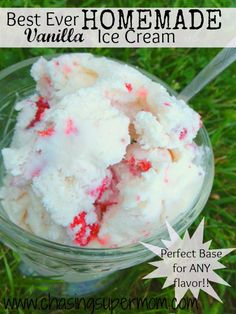 Best Ever Homemade Vanilla Ice Cream  #icecream  #vanilla  #summer  www.chasingsupermom.com