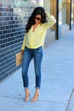 Beautiful denim blue stylish jeans with top bright yellow stylish blouse and light brown stylish plain leather clutch and off pink high heels ladies sandals the best summer street style outfits Look Fashion, New Fashion, Womens Fashion, Fashion Trends, Fashion Heels, Modern Fashion, Denim Fashion, Fashion Design, Yellow Top