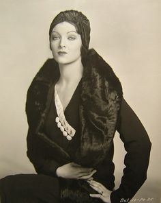 Myrna Loy (1930s) by marievonlosch on Flickr. I just want to look like this, forever. Is that so much to ask?