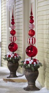 elegant christmas decorating ideas Outdoor Christmas Decorations For A Holiday Spirit Family Holiday best stuff White Christmas Ornaments, Elegant Christmas Decor, Decoration Christmas, Noel Christmas, Winter Christmas, Christmas Crafts, Christmas Topiary, Beautiful Christmas, Holiday Decorating